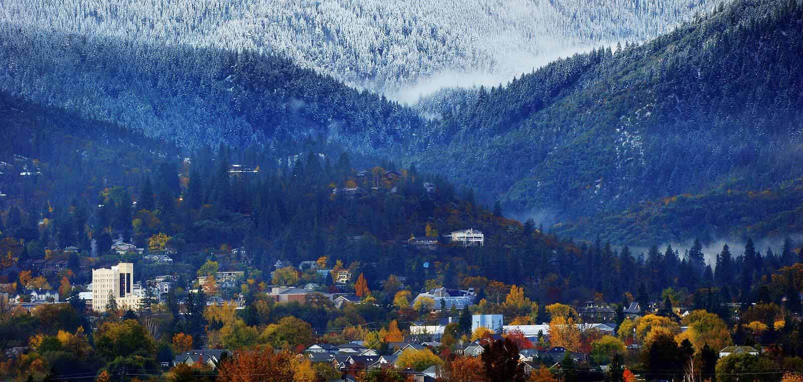 Village with a mountain view in Ashland Oregon